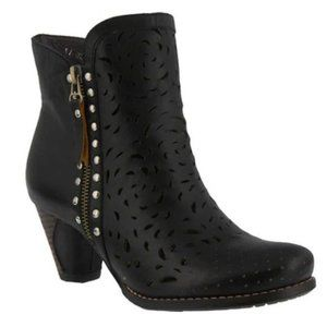 L'Artiste x Spring Step Leather Emese Bootie 9
